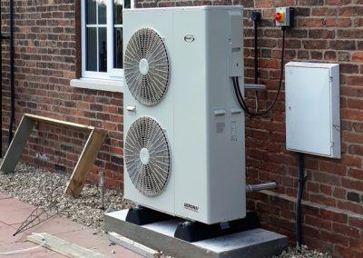 Grant Aerona-3 Air Source Heat Pump